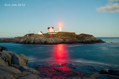 Nubble Lighthouse by Evo Luo, via Flickr