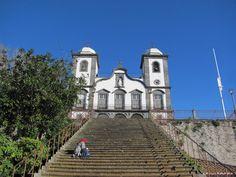 Diese Kirche ist das Wahrzeichen von Monte.