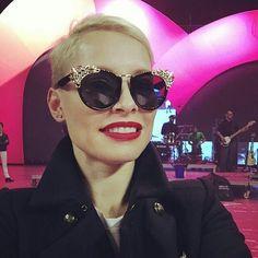 Nuestra paisana @soraya82 no deja de sorprendernos con sus #gafasdesol.  Simplemente ESPECTACULAR!! #sunoptica #gafas #sunglasses #gafasdesol #occhialidasole #sunnies #moda #tendencias #fashion #instafashion #instaglasses #iloveglasses #soraya #Repost #CADENA100PorEllas
