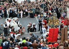Festa di San Zopito, con il bue che si inginocchia a Loreto Aprutino #abruzzo
