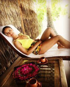 Anita Rani ( oh hey. I love a spa! Anita Rani, Tv Presenters, Herbalism, Massage, Facial Yoga, Spa, Healing, Wellness, Celebs