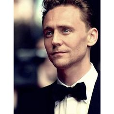 Tom Hiddleston. Tom Hiddleston ❤ liked on Polyvore featuring tom hiddleston, people, guys, men and celebrities