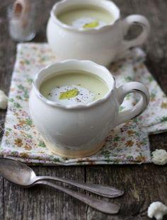 Hindistan Cevizi Sütlü Karnabahar Çorbası