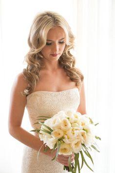California Wedding Shines Outdoors - MODwedding