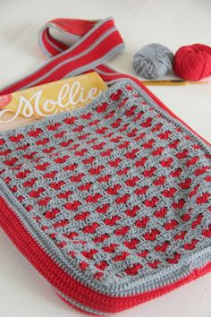 Crochet bag with hearts tutorial
