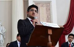 MÉXICO, D.F., (apro).- Luis Adrián Ramírez Ortiz, secretario de organización del Frente Juvenil Revolucionario del PRI, expresó su repudio contra las protestas por los normalistas de Ayotzinapa y c...
