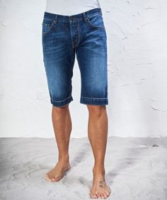 #45parallelo: #slim-fit stone washed #bermuda short #jeans, 100% Cotton