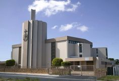 New Apostolic Church Silvertown, Cape Town, SA Mosques, Cathedrals, Church Building, Place Of Worship, Kirchen, Willis Tower, Cape Town, Temples, Around The Worlds