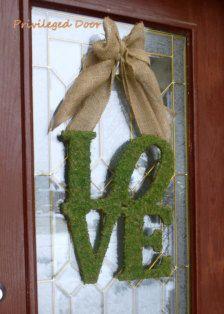 Wreaths in Valentine's Day Decor - Etsy Valentine's Day-adore.