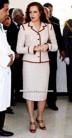 Princesse Salma Lalla Salma, Royal Prince, Queen Letizia, Royal Fashion, Hijab Fashion, Red Hair, Lace Skirt, Peplum Dress, Couture