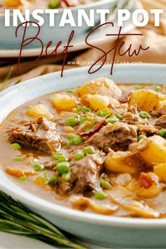 Easy and flavorful Instant Pot Beef Stew using chunks of chuck roast cut into bite-sized pieces. Made in the Pressure Cooker with gold potatoes, sliced carrots, and a warm and comforting blend of spices. #stew #comfortfood #dinneridea #pressurecooker #instantpotstew #fallfood Pressure Cooker Beef Stew, Instant Pot Pressure Cooker, Pressure Cooking, Slow Cooker, Easy Bbq Chicken, Beef Recipe Instant Pot, Easy Beef Stew, Healthy Weeknight Meals, Cooking Bacon