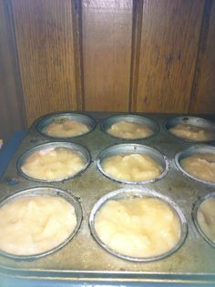 Freeze homemade applesauce in muffin tins