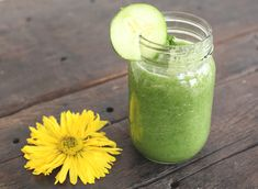 Spring Cleanse Smoothie with Cucumber, Pear and Kale    Makes 1 smoothie    1 pear, sliced    1/2 cucumber, sliced    1 cup kale    1/2 cup water    Sprig of mint to garnish (optional)