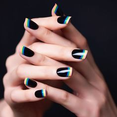 Nail art is a very popular trend these days and every woman you meet seems to have beautiful nails. It used to be that women would just go get a manicure or pedicure to get their nails trimmed and shaped with just a few coats of plain nail polish. French Manicure Nails, French Tip Nails, Gel Nails, Manicure Ideas, Polish Nails, French Pedicure, Toenails, Black French Nails, Black Manicure