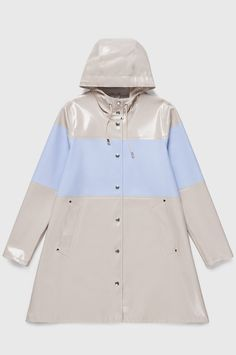 The Stutterheim Mosebacke raincoat is the women's A-line version of our iconic raincoat. This feminine model has a beautiful silhouette with a spacious cut. It is handmade in rubberized cotton, comes unlined, with double welded seams, snap closures and co White Rain Boots, Pastel Blue Color, Blue Raincoat, Happy Socks, Rain Wear, White Shoes, Girls Shopping, Opal
