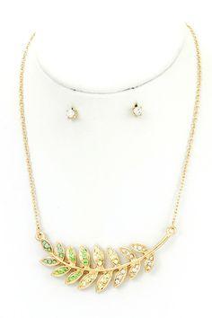 Green Laurel Leaf Pendant Necklace Set