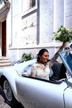 BRYLLUP I SORRENTO - Bryllupsglede, bride in car Italian Weddings, Sorrento, Car, Instagram, Automobile, Vehicles, Autos