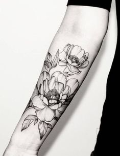 Gorgeous flower tattoo. Click to discover more Sensational Flower Tattoos.