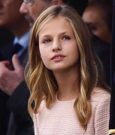 photographed attending the 2019 Nacional Day military parade on October 😍 . Princess Sofia, Prince And Princess, Spanish Royal Family, Tennis Clothes, Queen Letizia, Hair Color, Princess Dresses, Reyes, Royal Families
