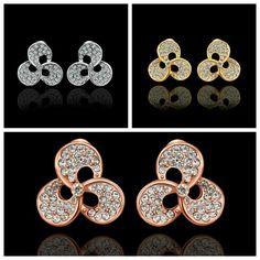 Austrian diamond 、Gold-plated earrings。