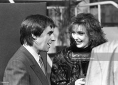 At the Milk Music Awards in the National Concert Hall Chris de Burgh, and M��ire N�� Bhraon��in (from Clannad) share a joke. 13/3/86. 386-243 (Part of the Independent Newspapers Ireland/NLI Collection).