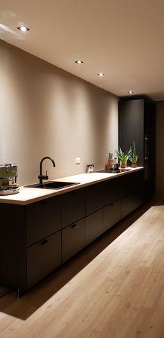 My Kitchen Rules, Kitchen Redo, Kitchen Remodel, Küchen Design, House Design, One Bedroom Flat, Kitchen Interior, Home Kitchens, Basement