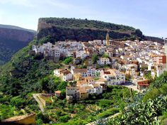 Pueblo de Chulilla, Valencia. Visito este pueblo de vez en cuando y nunca me cansaré de pasarme por ahí.