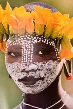 "another simply wonderful photo from the book ""Natural Fashion: Tribal Decoration from Africa"" by German-born artist & photographer Hans Silvester. What a beautiful girl! via Thought Patterns"