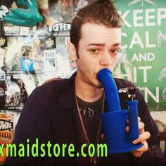 @magnetoidrowdy with a blue magneto, the name is the same,lol, like his new hair style. use PEACE to get a 5%off dicount in waxmaid website https://waxmaidstore.com/collections/water-pipe/products/magneto-s-silicone-water-pipe    #Regram via @waxmaidstore