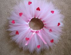 White and Pink Tutu with hot pink hearts. Fairy tutu. Valentine's day tutu. Pink and White Hearts Tutu. Valentine's photo props.Etsy. claradeparis.com ♥