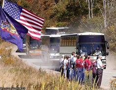Buses carrying the families of victims of hijacted airliner United Flight Flight 93, I Love America, Airline Flights, American Red Cross, United Airlines, Buses, Newspaper, Pennsylvania, Families