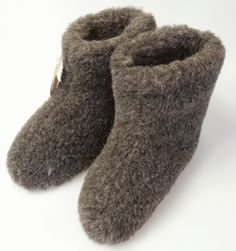 Schapenwollen pantoffels in grijs tint