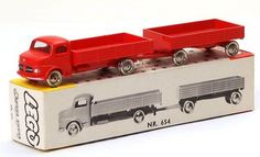 Mercedes truck and trailer in box nr 654 Mercedes Truck, Mercedes Benz, Vintage Lego, Lego Design, Busses, Toy Trucks, Ho Scale, Diecast, Box