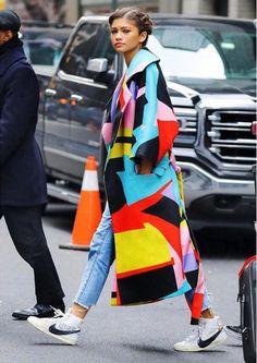 Zendaya con abrigo 'made in Spain', ¿quieres saber quién lo ha diseñado?