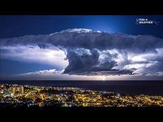 Insane lightning storm timelapse video over Barcelona - Strange Sounds