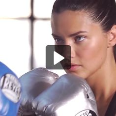 This is how Victoria's Secret Angel Adriana Lima gets runway ready.  Click here…