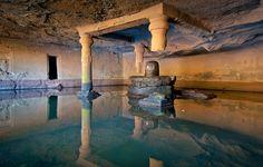 Kedareshwar temple cave