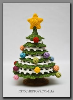 crochet new year tree