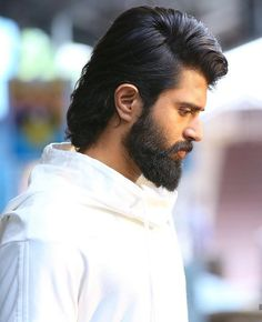 Actor Picture, Actor Photo, Bollywood Posters, Bollywood Actors, Pawan Kalyan Wallpapers, Mahesh Babu Wallpapers, Telugu Hero, Cute Love Images, Mens Hairstyles With Beard