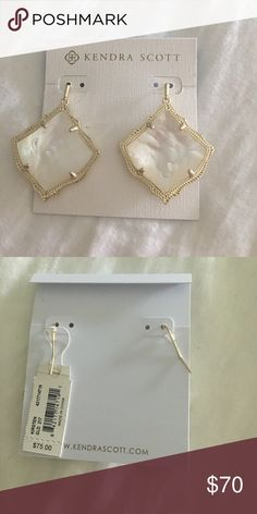 NWT KENDRA SCOTT KIRSTEN Gold + white opal Kendra Scott Jewelry Earrings
