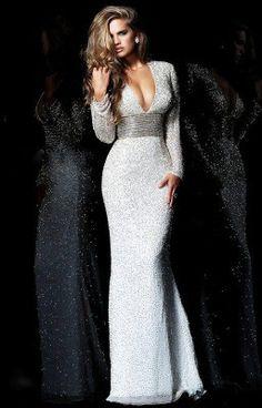 Oh my liars this sherri hill dress in love