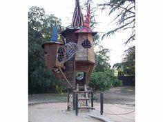 parc de Caldes de Montbui. Parc jardí amb zona de pícnic