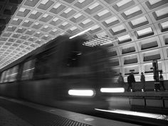 Pentagon City metro station in Washington DC, I loved the texture created by the magnificient illumination emerging from the lateral walls