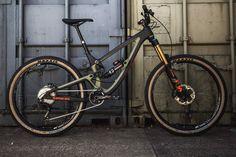 Saracen Ariel LT carbon 165mm enduro mountain bike