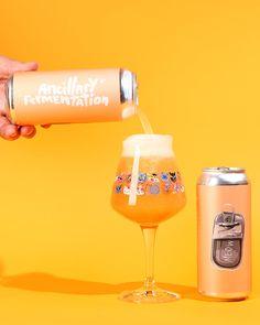 The 20 Best Beer Label Designs of 2018 Craft Beer Brands, Craft Beer Labels, Wine Labels, Beer Packaging, Food Packaging Design, Perfume Packaging, Beverage Packaging, Plastic Packaging, Cosmetic Packaging
