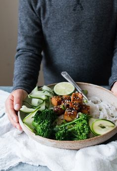 Easy and delicious vegan glutenfree teriyaki tofu, greens + glutenfree noodles. Plant-based, vegetarian and vegan recipe for healthy meals, lunch or dinner ideas. Learn food photography and food styling with The Little Plantation. Vegan Dinner Recipes, Raw Vegan Recipes, Vegan Dinners, Vegan Gluten Free, Vegetarian Recipes, Healthy Recipes, Vegan Food, Healthy Meals, Vegan Ideas
