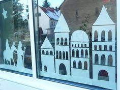 Meine grüne Wiese School Art Projects, Christmas Time, Christmas Windows, Tea Lights, Taj Mahal, Christmas Decorations, Clip Art, Painting, Silhouette Cameo