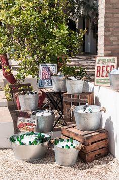 rustic galvanized bucket of beer wedding drink bar # Wedding drinks # rustic Beer Wedding, Tipi Wedding, Wedding Table, Rustic Wedding, Wedding Ideas, Wedding Snacks, Budget Wedding, Trendy Wedding, Wedding Planner