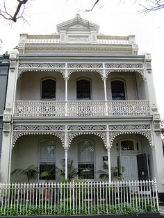 Inisfail is another fine example of the impressive Victorian Filigree architecture located on Royal Parade in the Melbourne suburb of Parkville. Terrace House Exterior, House Paint Exterior, House Exteriors, Australian Architecture, Australian Homes, Victorian Terrace, Victorian Homes, Beautiful Buildings, Beautiful Homes