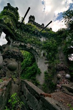 abandoned Bannerman's Castle